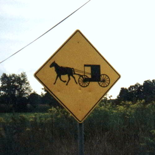 image of a horse and buggy crossing sign